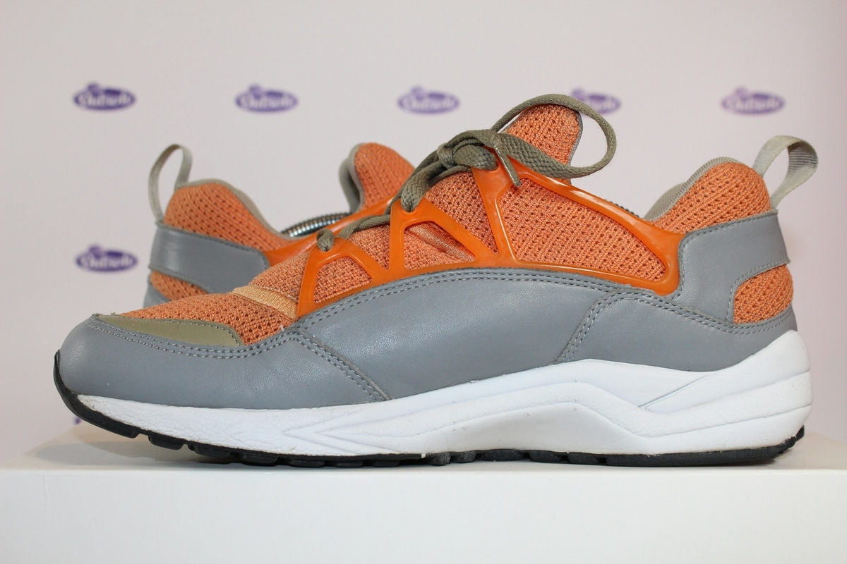 sale retailer 92b18 d6ac6 Nike Air Huarache Light Stussy Orange 03