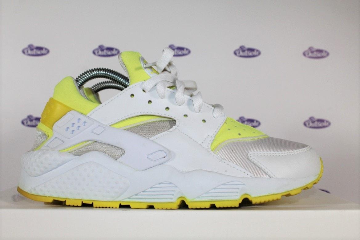 check out 3d1bf b090b Nike Huarache Voltage Yellow '01