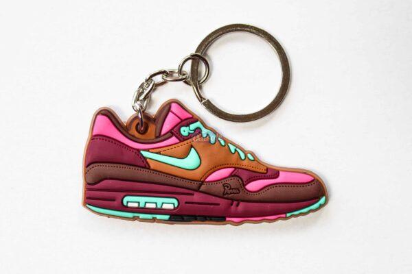 nike air max 1 keychain amsterdam parra 1 600x400 - Nike Air Max 1 Amsterdam keychain
