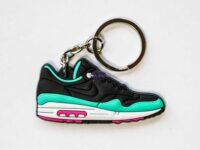 nike air max 1 keychain fb yeezy 1 1 200x150 - Nike Air Max 1 FB Yeezy keychain