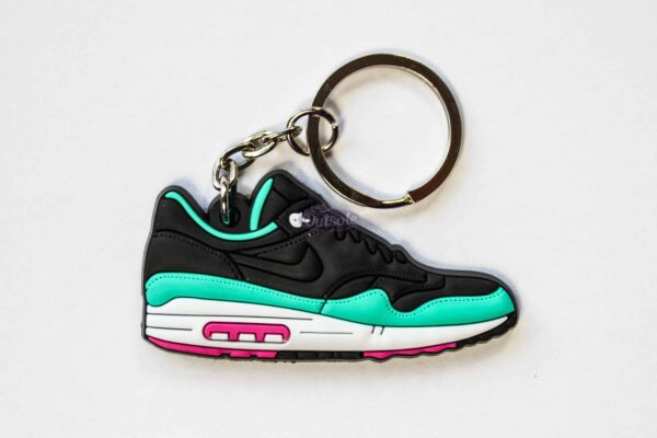 nike air max 1 keychain fb yeezy 1 1 600x400 - Nike Air Max 1 FB Yeezy keychain