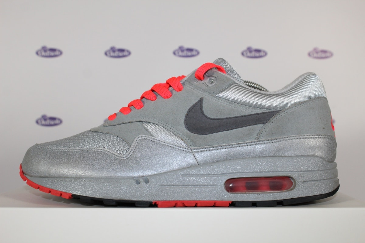 nike air max 1 studio id silver outsole. Black Bedroom Furniture Sets. Home Design Ideas