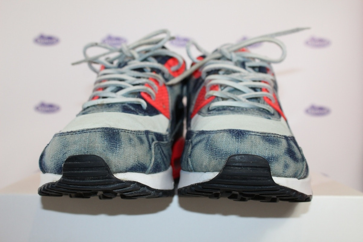 official photos f2eac 320dc nike air max 90 washed bleached denim infrared 13 4 600x400 - Nike Air Max  90