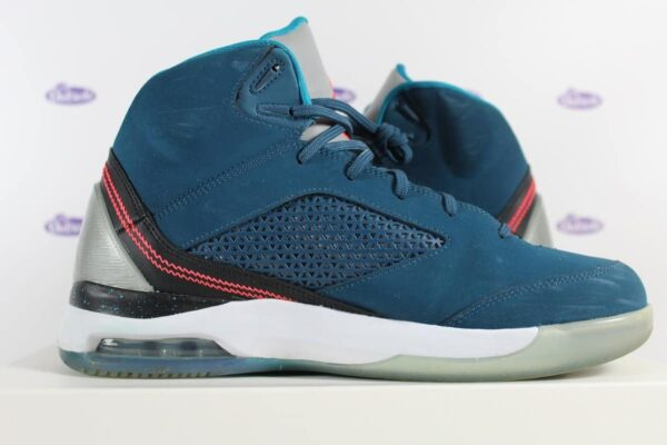 Nike Air Jordan Flight Remix Space Blue 42 5 3 600x400 - Nike Air Jordan Flight Remix Space Blue