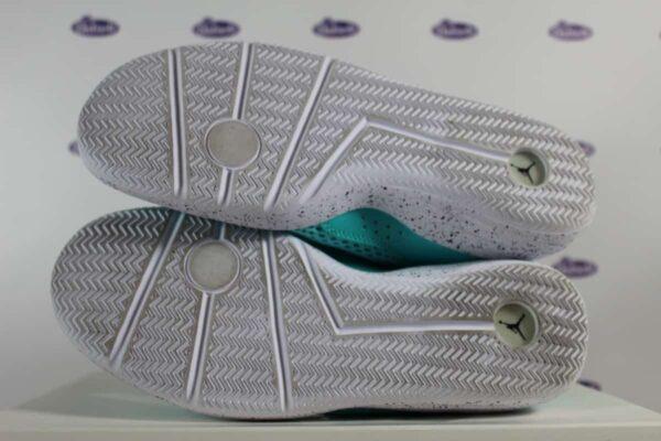 Nike Air Jordan Reveal Hyper Turquoise 42 5 1 600x400 - Nike Air Jordan Reveal Hyper Turquoise