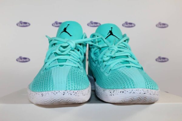 Nike Air Jordan Reveal Hyper Turquoise 42 5 7 600x400 - Nike Air Jordan Reveal Hyper Turquoise