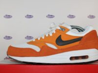 nike air max 1 essential curry 42 1 200x150 - Nike Air Max 1 Essential Curry