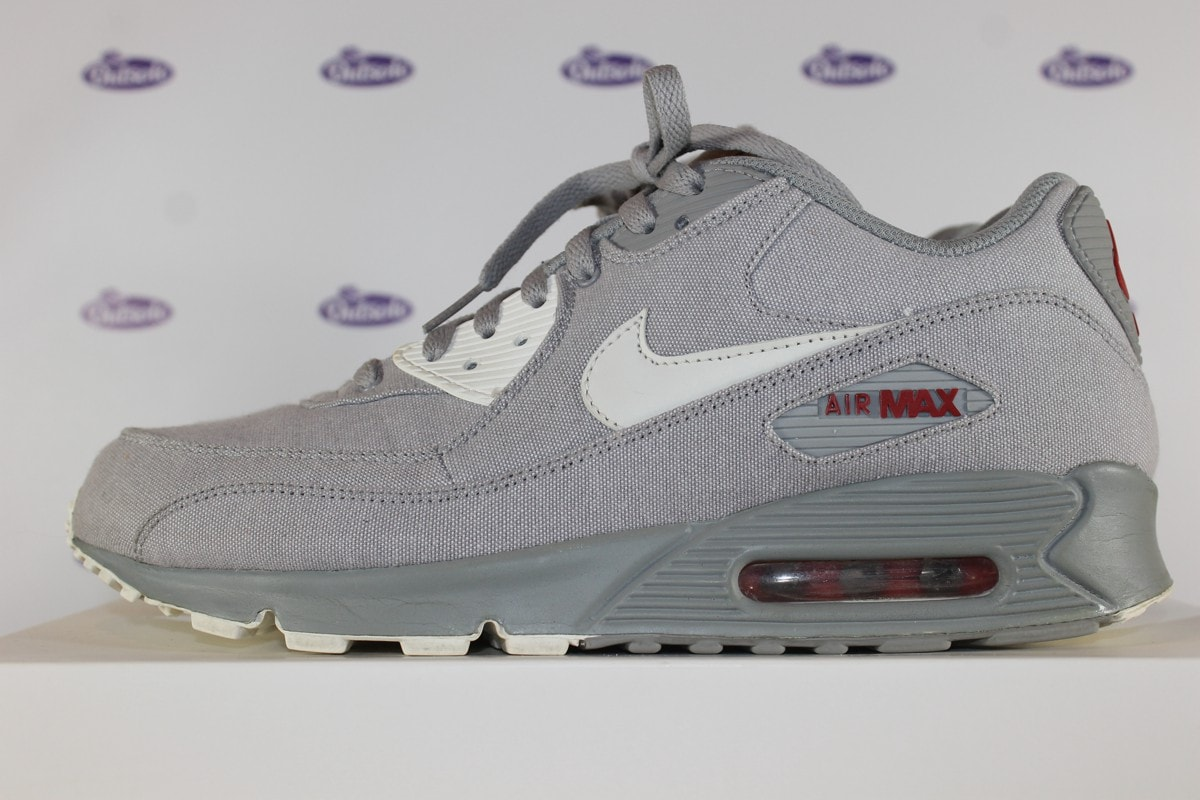 on sale 79362 a0042 Nike Air Max 90 Classic Medium Grey Varsity Red