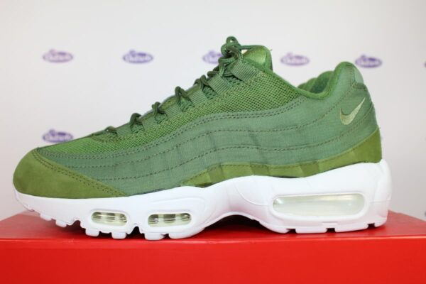 sports shoes c9c19 91664 Nike Air Max 95 Stussy Dark Olive 42 5 2 600x400 - Nike Air Max 95