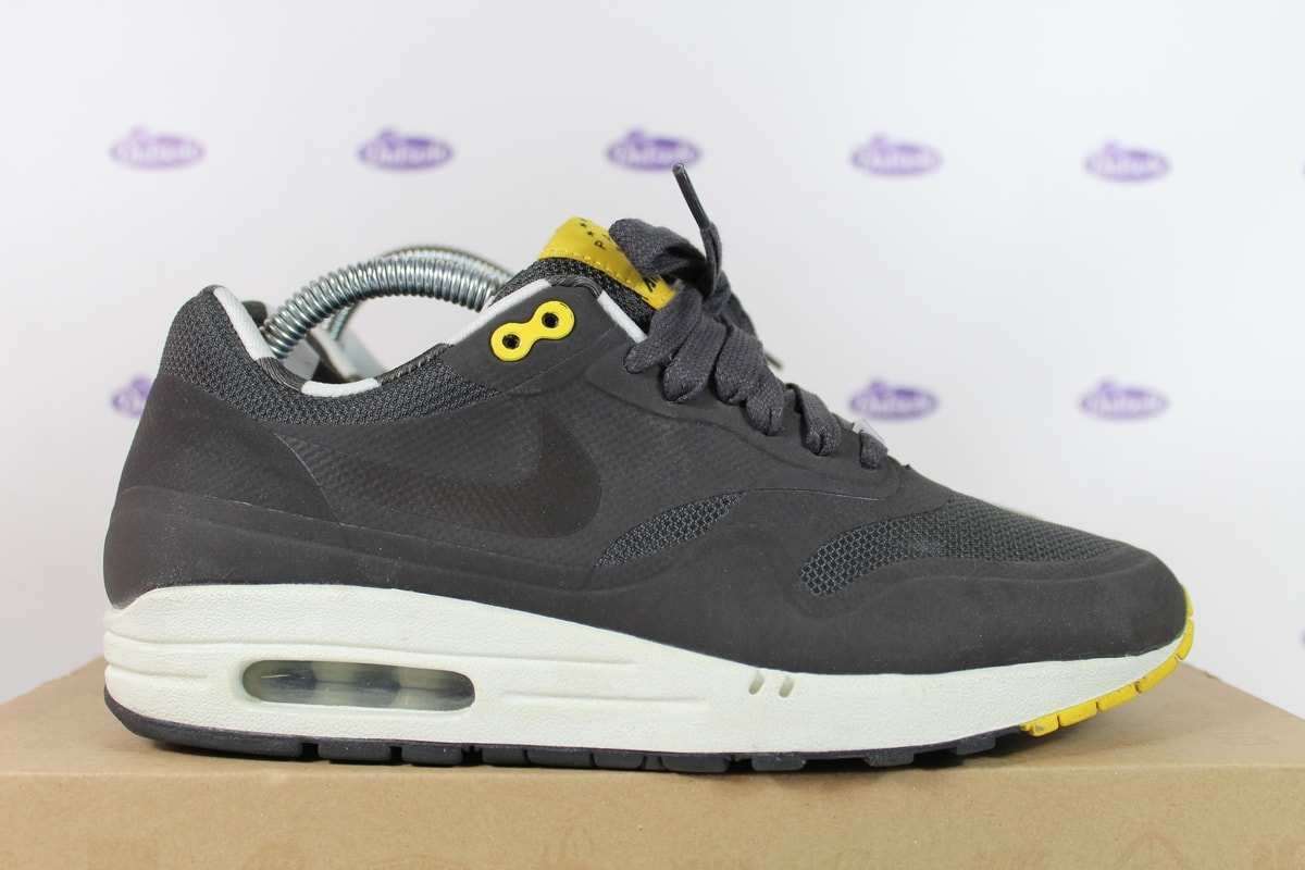 Nike Air Max 1 Paris QS Hyperfuse