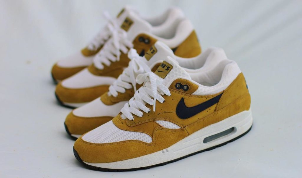 Outsole Nike Air Max 1 Book of One Cork Sample 1024x602 - ✓ Blog: Why are second hand sneakers that valuable?