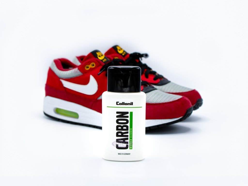 Sneaker Midsole Cleaner Collonil Carbon Lab 1024x768 - How to clean your sneakers and keep them fresh?
