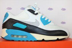 nike air max 90 og laser blue vintage 47 5 7 252x167 - Nike Air Max 90 OG Laser Blue