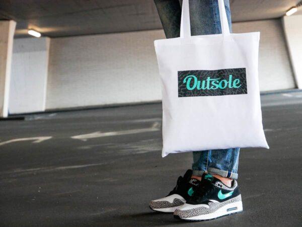 Outsole tote bag Elephant Jade Black White 6 kopie 600x451 - Outsole tote bag - White