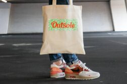 Outsole tote bag Elephant Orange Lime Beige 6 1 252x167 - Outsole tote bag - Beige