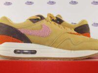 nike air max 1 wheat gold crepe 41 5 200x150 - Nike Air Max 1 Crepe Wheat Gold Rust Pink