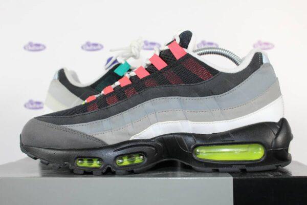 nike air max 95 og what the greedy 9 4 600x400 - Nike Air Max 95 What the Greedy OG QS