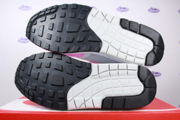 Nike Air Max 1 Ess Psychic OG Pink 9 600x400 - Nike Air Max 1 Ess Psychic OG Pink