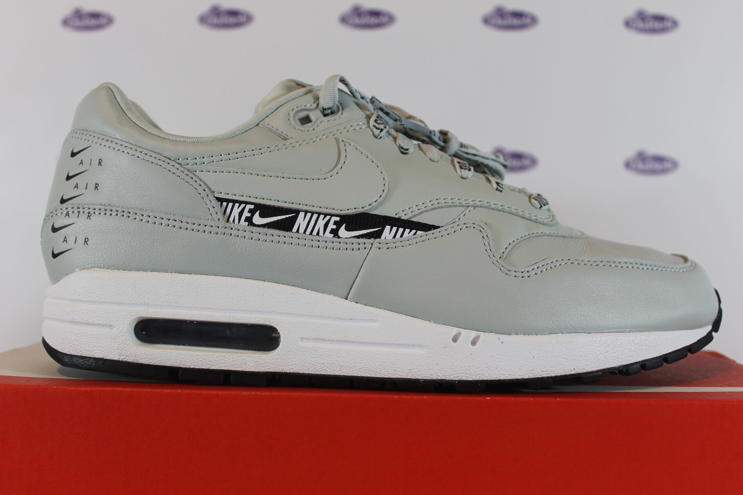 Cena Seguir caos  Nike Air Max 1 SE Just Do It Light Silver | ✅ Online at Outsole