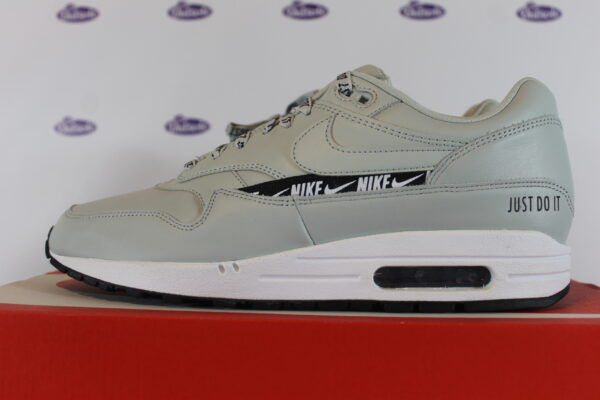 nike air max 1 se just do it light silver 42 445 2 600x400 - Nike Air Max 1 SE Just Do It Light Silver