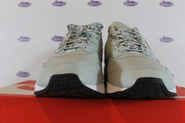 nike air max 1 se just do it light silver 42 445 3 600x400 - Nike Air Max 1 SE Just Do It Light Silver