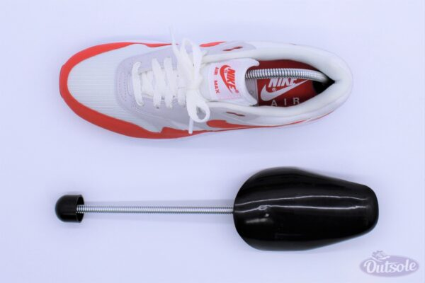 Premium Outsole Shoe Tree Black 1 600x400 - Premium black plastic Outsole shoe tree