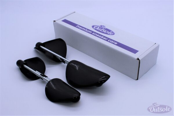 Premium Outsole Shoe Tree Black 7 600x400 - Premium black plastic Outsole shoe tree