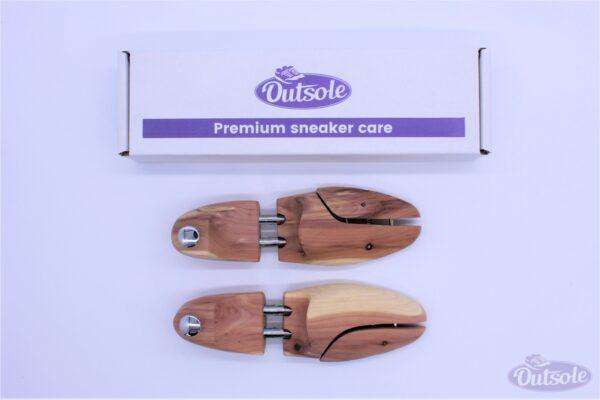 Premium Outsole Shoe Tree Cedar Wood 1 600x400 - Premium cederhouten Outsole schoenspanner