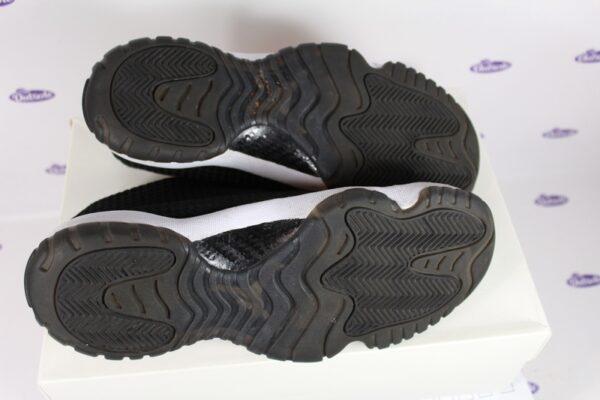 Nike Air Jordan Future Black 425 1 600x400 - Nike Air Jordan Future Black