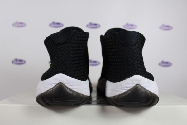 Nike Air Jordan Future Black 425 6 600x400 - Nike Air Jordan Future Black