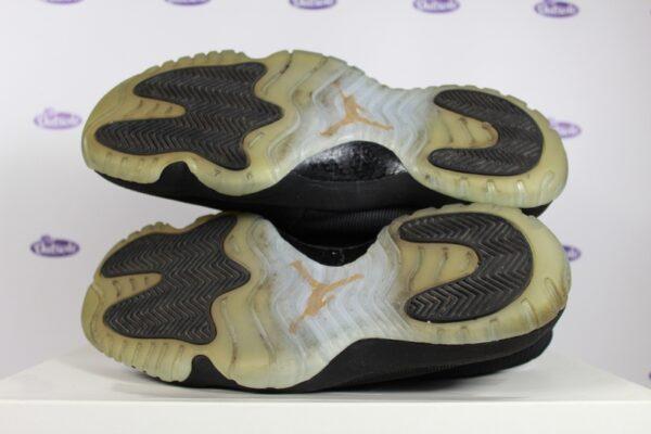 Nike Air Jordan Future Black Clear 425 1 600x400 - Nike Air Jordan Future Black Clear