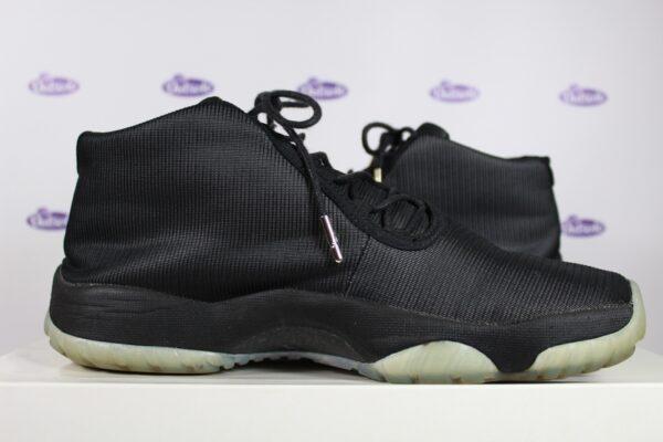 Nike Air Jordan Future Black Clear 425 5 600x400 - Nike Air Jordan Future Black Clear