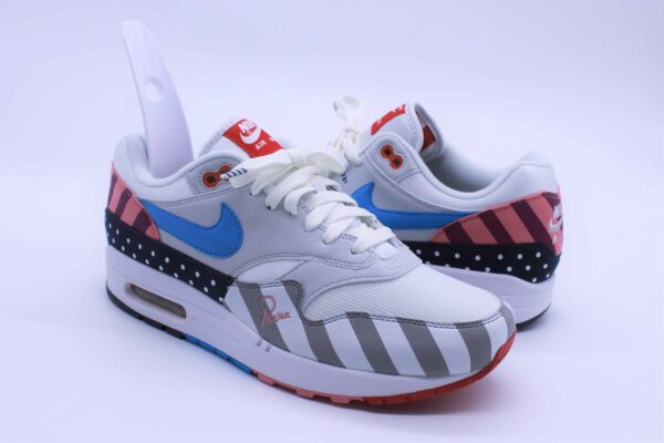 Outsole schoenlepel nike air max 1 1 600x400 - Outsole shoehorn