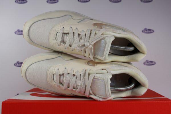 Nike Air Max 1 JP Pale Ivory Jelly Swoosh 425 1 600x400 - Nike Air Max 1 JP Pale Ivory Jelly Swoosh