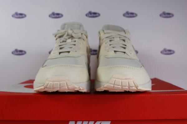 Nike Air Max 1 JP Pale Ivory Jelly Swoosh 425 5 600x400 - Nike Air Max 1 JP Pale Ivory Jelly Swoosh