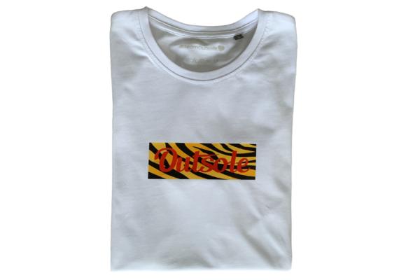 Outsole Premium Box Logo T Shirt Supreme Animal Pack 2 600x400 - Premium Outsole Animal T-shirt