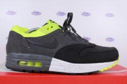 Nike Air Max 1 PRM Two Tone Volt Black 425 1 252x167 - Outsole